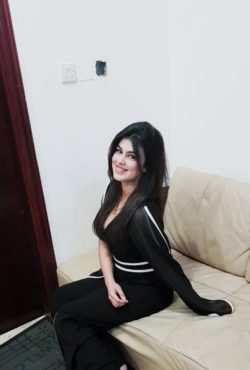 Baarizah Noor +971563633942 Pakistani Sharjah Escorts